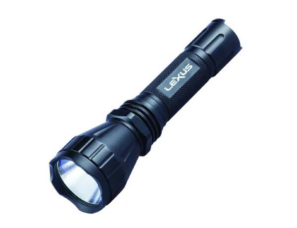 Kit Linterna tactica LEXUS V6-CM led cree XM-L2 U2 1000 lumens  + accesorios